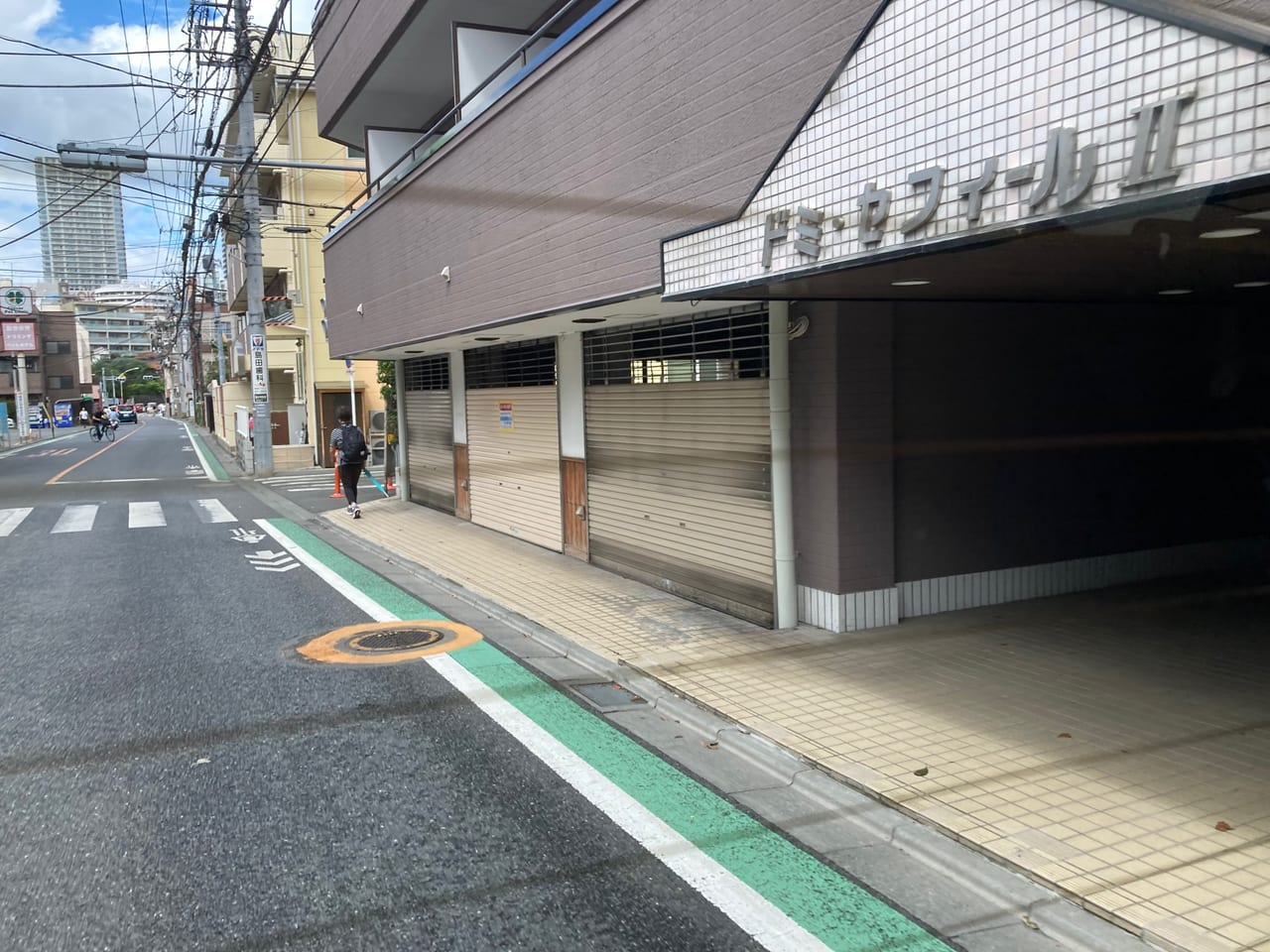 国分寺街道沿い割烹料理屋『卯の花』が閉店していた?!店舗募集の貼り紙がありました。
