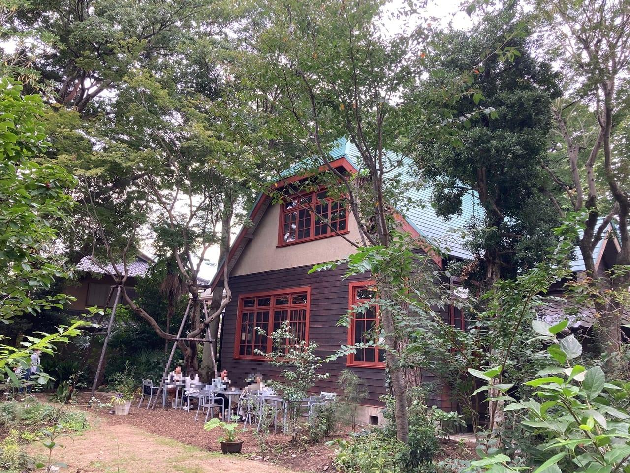 広いお庭と昭和初期に建築された洋館・和館が『カフェおきもと』に。10月4日オープンしました!